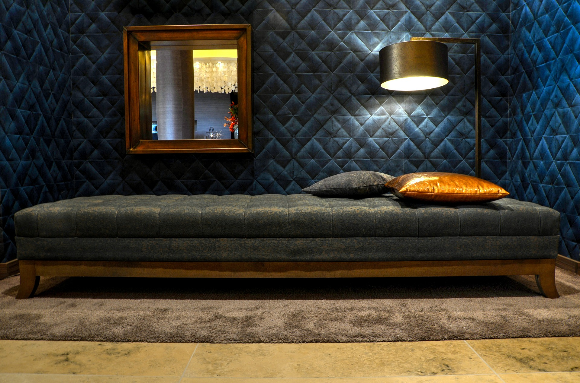 lounge-609383_1920