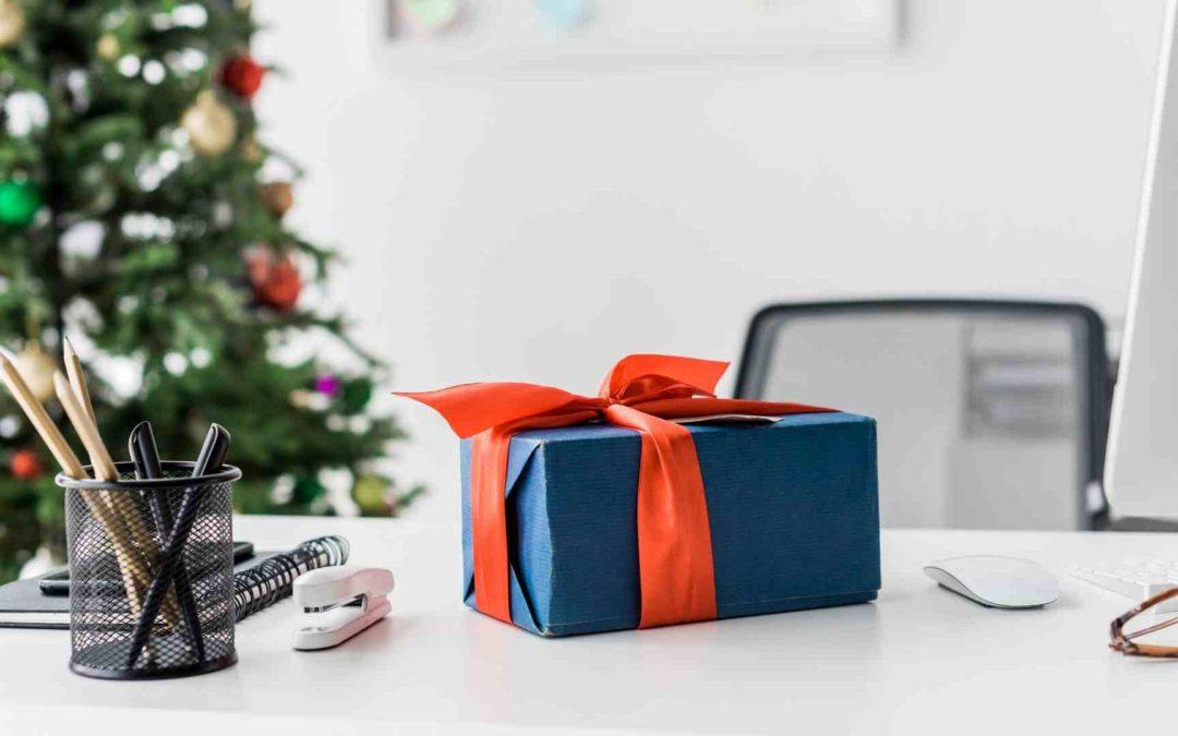 5 astuces pour cultiver la bonne humeur au bureau au mois de décembre !